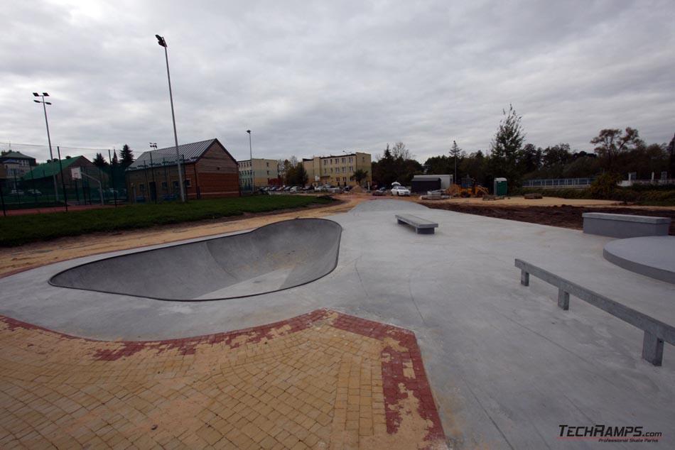 Betonowy skatepark w Turośni Kościelnej