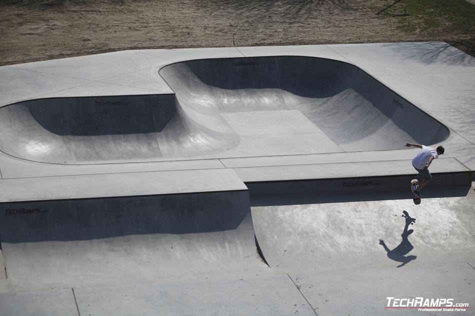 Skatepark betonowy w Oświęcimiu - torkretowanie
