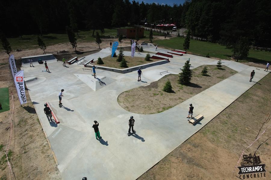 Woodcamp 2013 - betonowa skateplaza