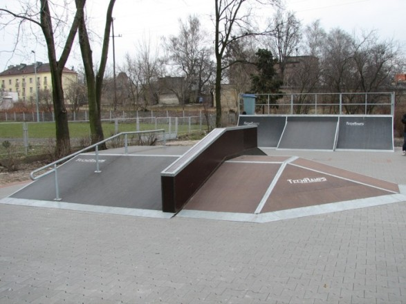 Скејтпарк во Вжесниа