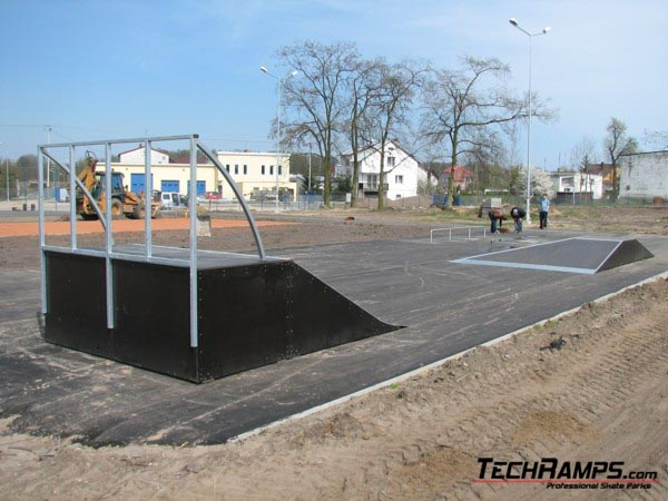 Скејтпарк во Насиелск