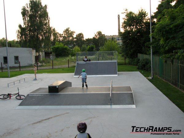 Скејтпарк во Отвоцк