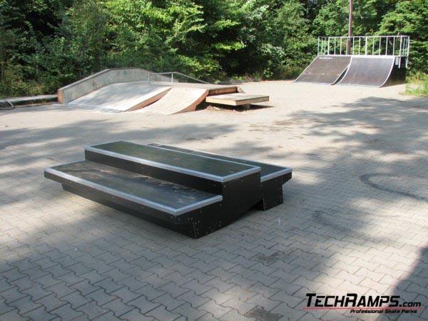 Скејтпарк во Подкова Лесна