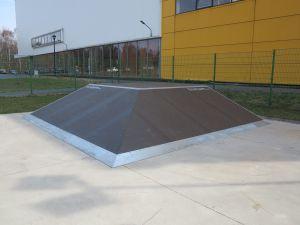 Bank Ramp 90 St (Piramida) - Skatepark Tarnowskie Góry