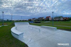 Betonowy skatepark Chęciny