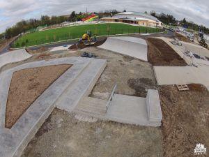 betonowy skatepark w czechach