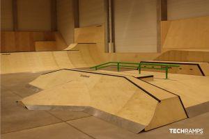 Całoroczny skatepark kryty