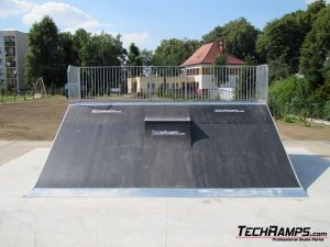 Chałupki skatepark Bank ramp + mini quarter