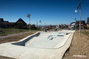 Concrete monolith skatepark in Maniowy