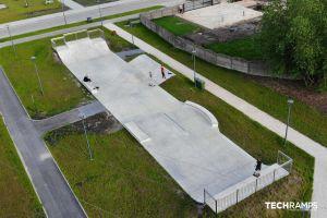 Concrete skatepark Chęciny