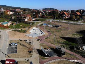 Concrete skatepark, composite pumptrack, wooden miniramp - Maniowy