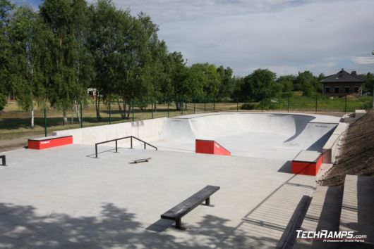 Concrete skateparks and components