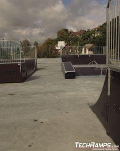 drewniany skatepark