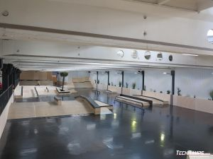 Drewniany skatepark Ave/Park