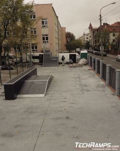 Drewniany skatepark w Toruniu