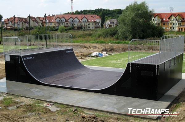 Скейтпарк в Миeжинь