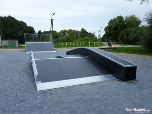 Funbox with grinbox and rail in Orzysz