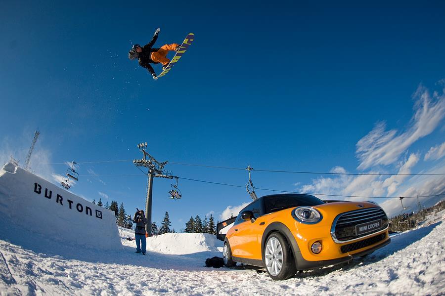 Skocznia z cornerem Oscyp Snowboard Contest