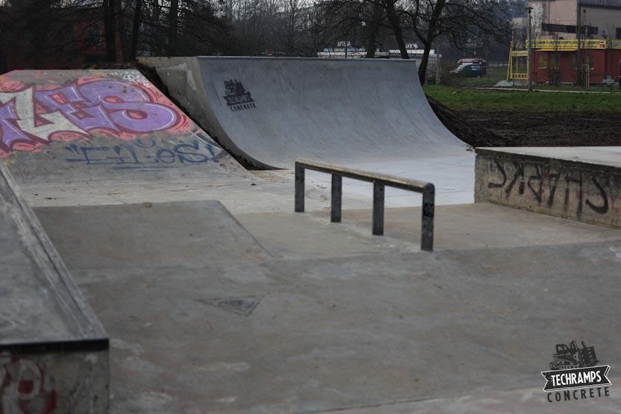 Skatepark betonowy - Mistrzejowice
