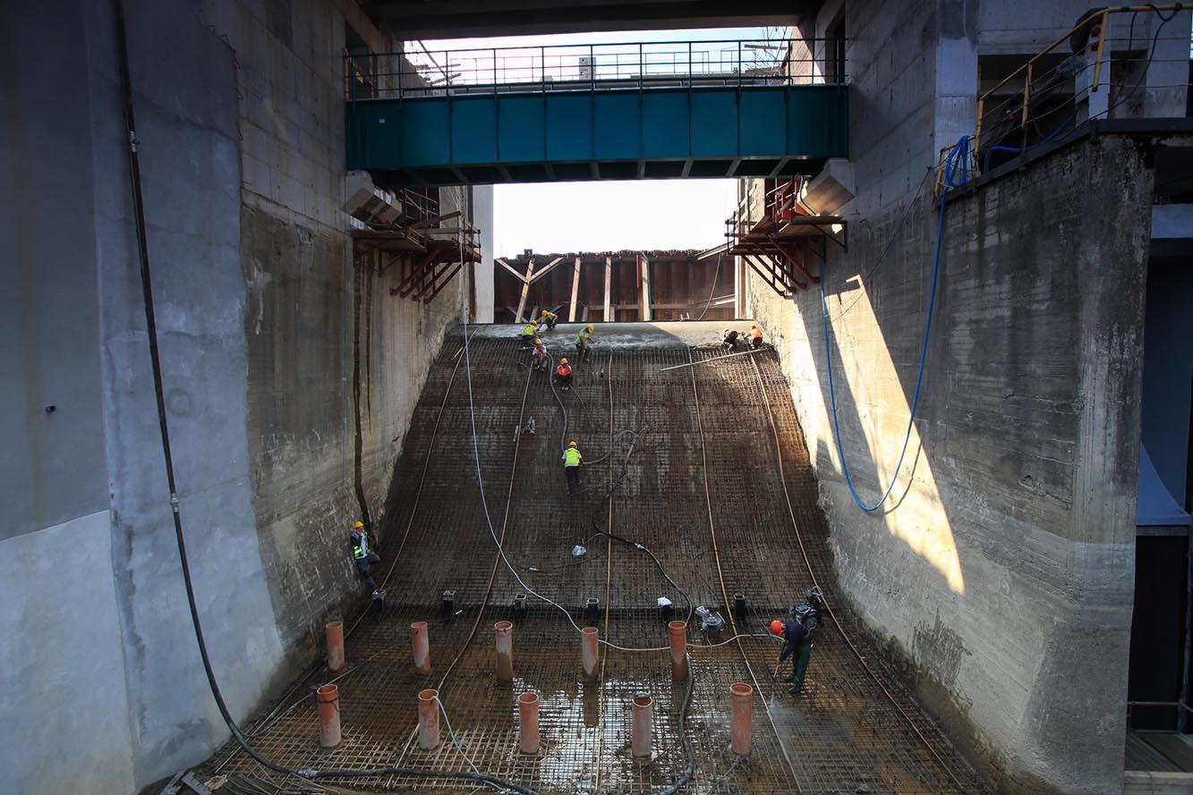 Torkretowanie zapory wodnej - Nysa