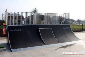 Kudowa_Zdroj_skatepark - bankramp