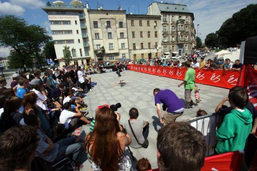Mini mobile street park na Es game of skate 2011