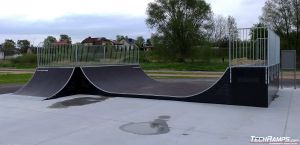 Minirampa i Quarter pipe - skatepark Międzyrzec Podlaski