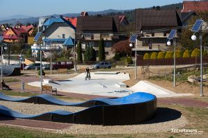 Modular pumptrack and skatepark in concrete monolith technology - Maniowy