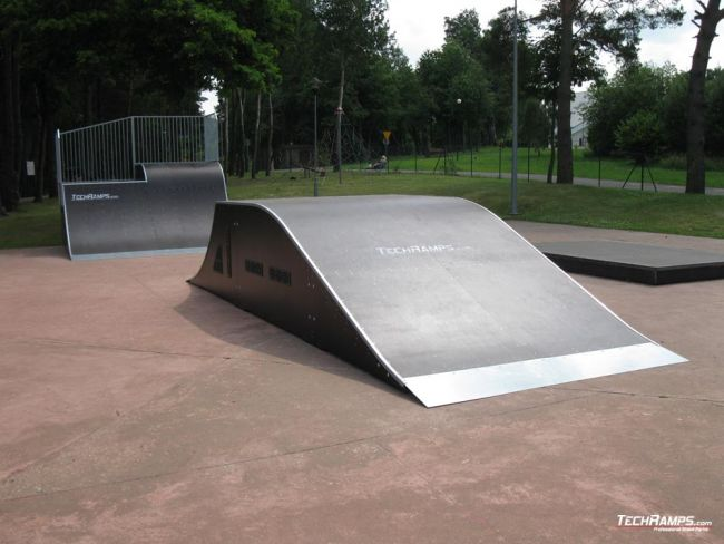 Скејтпарк Pobierowo