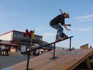 Pokazy ekstremalne na skateparku