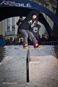 Red Bull MOBILE Snowboard Attack