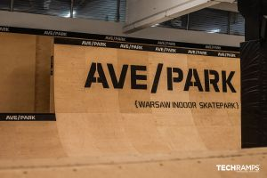 Εσωτερικό skatepark στη Βαρσοβία