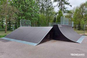 Ξύλινο πάρκο skatepark