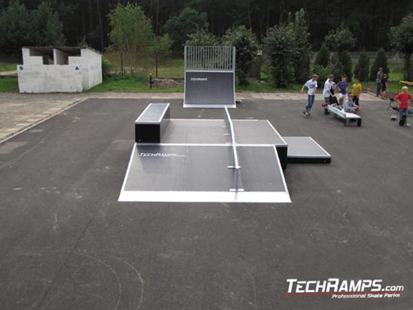 Skatepark in Bialobrzegi