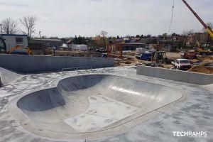 Skatepark in cemento Pacanów