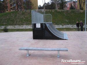 Skatepark Krynica Zdrój  Quarter pipe