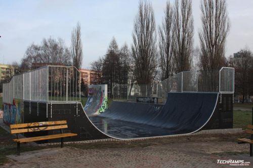 Skatepark Mistrzejowice - Minirampa