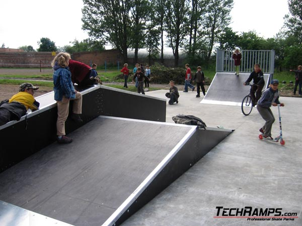 Skatepark Nowowolynsk - Ukraina