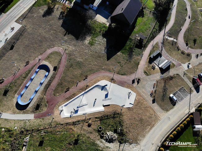 Skatepark, pumptrack i minirampa Maniowy