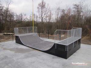 Skatepark Slesin Minirampa