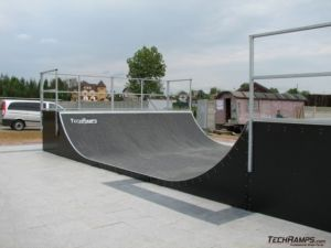 Skatepark w Bieruniu - minirampa