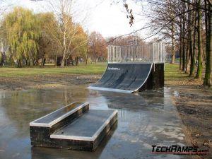 Skatepark w Brzeszczach - 4