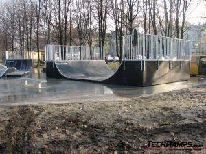 Skatepark w Brzeszczach - 7