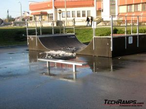 Skatepark w Bukownie - 3