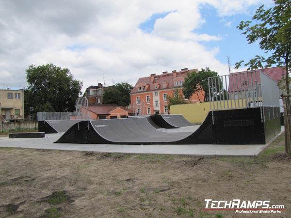 Skatepark w Dębnie