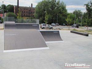 Skatepark w Dębnie_11