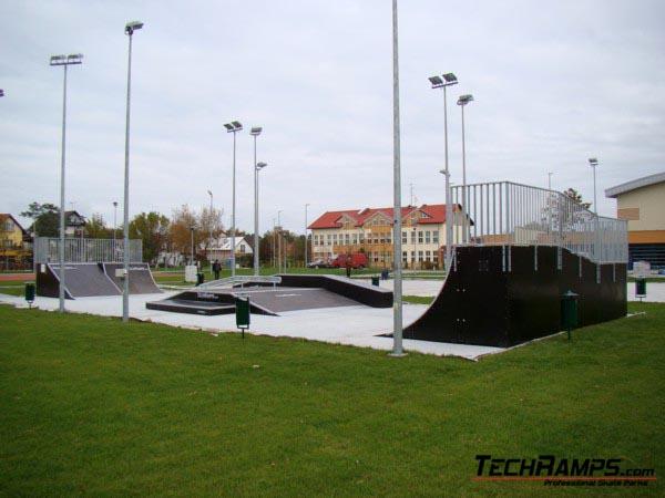 Skatepark w Dźwirzynie
