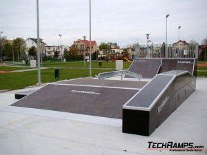 Skatepark w Dźwirzynie - 2
