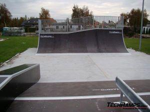 Skatepark w Dźwirzynie - 7
