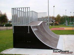 Skatepark w Dźwirzynie - 8
